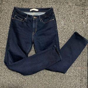 Levi's Mid Rise Skinny Jeans 10